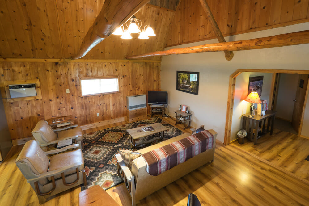 The Creekside Lodge at The High Lonesome Ranch